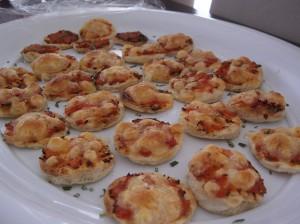 minipizzas con queso stikets
