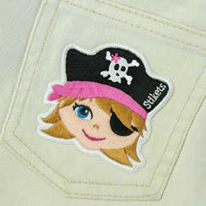 Parche bordado de pirata niña